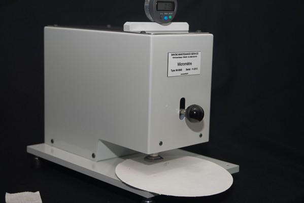 Micromètre manuel