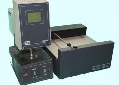 Micromètre avec passeur